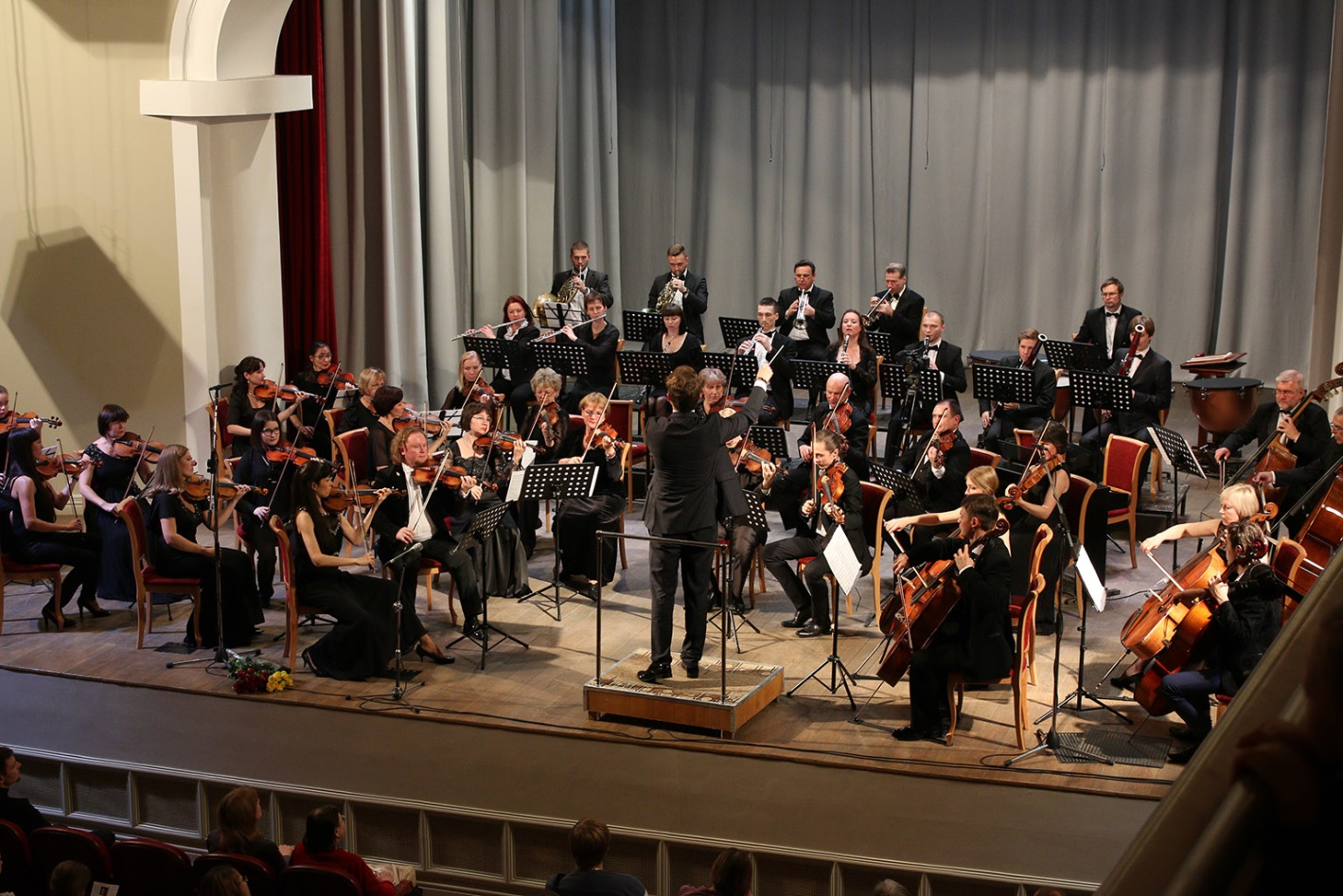 Новая опера конкурс в оркестр 2017